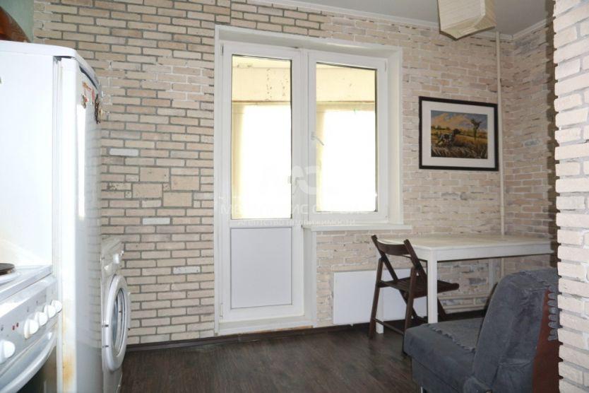 Продается двухкомнатная квартира за 7 000 000 рублей. Одинцово, Чистяковой, 6.