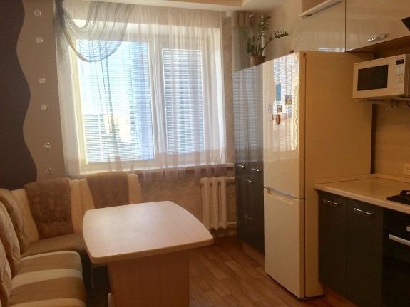 Продается трехкомнатная квартира за 4 050 000 рублей. Кострома, Советская площадь, 97.