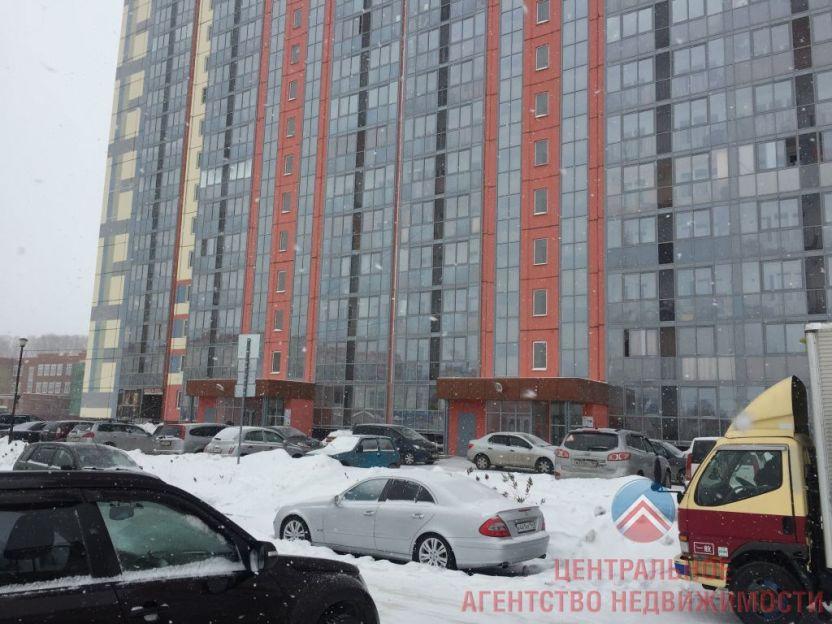 Продается однокомнатная квартира за 2 380 000 рублей. Новосибирск, Кировский район, Петухова, 160.