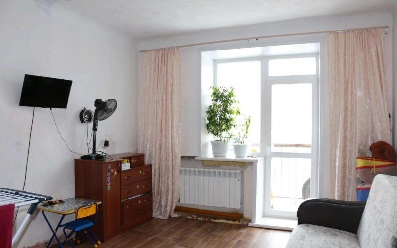 Продается однокомнатная квартира за 2 750 000 рублей. Новосибирск, Дзержинский район, Республиканская, 6а.