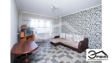 Продается двухкомнатная квартира за 2 400 000 рублей. Калининград, У.Громовой, 87.