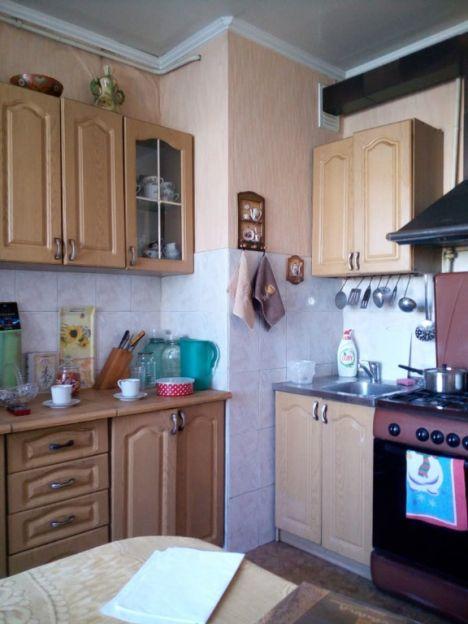 Продается трехкомнатная квартира за 3 200 000 рублей. Омск, Центральный район, Омская, 114.