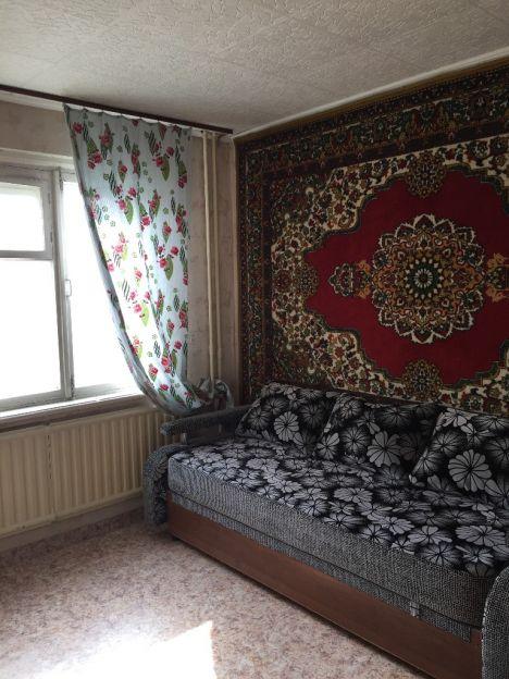 Продается однокомнатная квартира за 2 200 000 рублей. Новосибирск, Кировский район, Вертковская, 8.