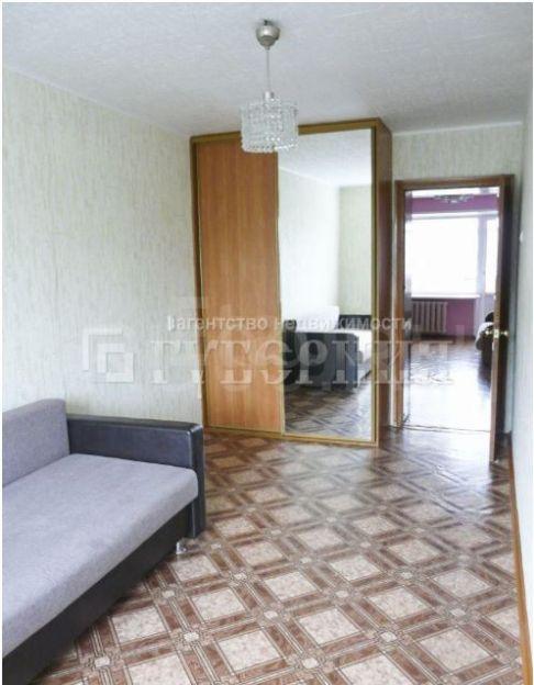 Продается трехкомнатная квартира за 2 400 000 рублей. Томск, Октябрьский район, Мичурина, 43.