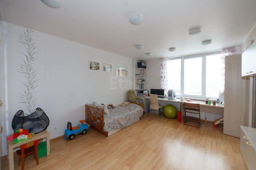 Продается двухкомнатная квартира за 4 850 000 рублей. Нижний Новгород, Советский район, Краснозвездная, 7а.
