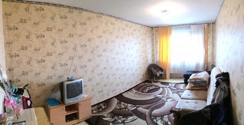 Продается однокомнатная квартира за 720 000 рублей. Кемерово, Ленинский район, Ворошилова, 17а.
