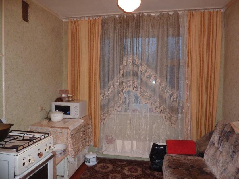 Продается однокомнатная квартира за 2 050 000 рублей. Нижний Новгород, Приокский район, 40 лет Победы, 6.