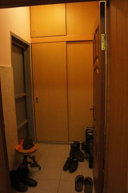 Продается четырехкомнатная квартира за 3 000 000 рублей. Новокуйбышевск, Горького, 42.