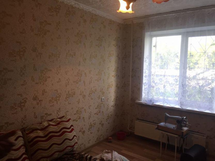 Продается трехкомнатная квартира за 2 350 000 рублей. г Тула, поселок Станционный, д 82.