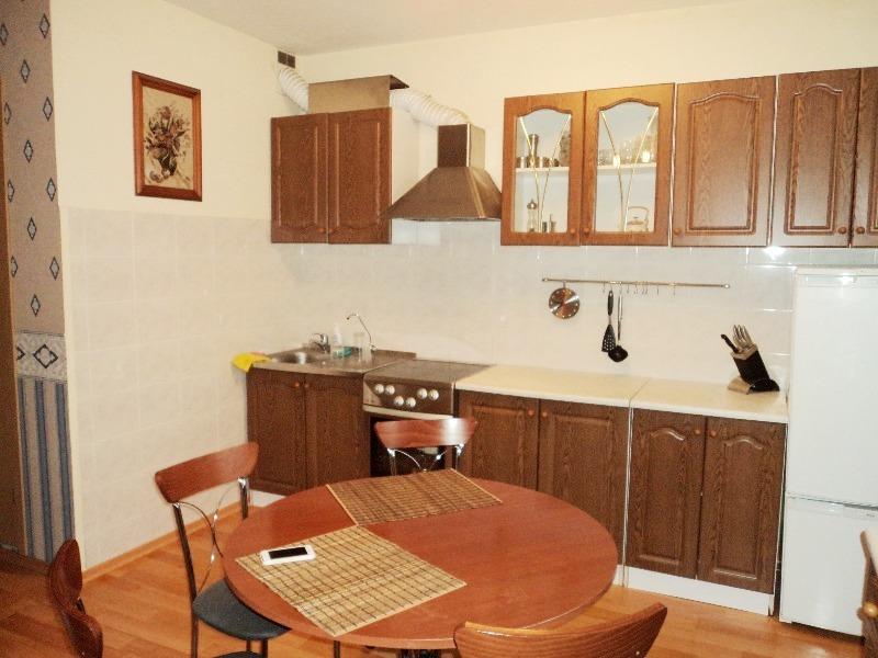 Продается двухкомнатная квартира за 3 300 000 рублей. Красноярск, Октябрьский район, Свободный проспект, 74г.