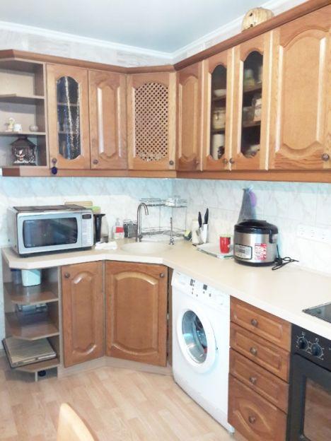 Продается двухкомнатная квартира за 1 950 000 рублей. г Красноярск, ул Московская, д 12.
