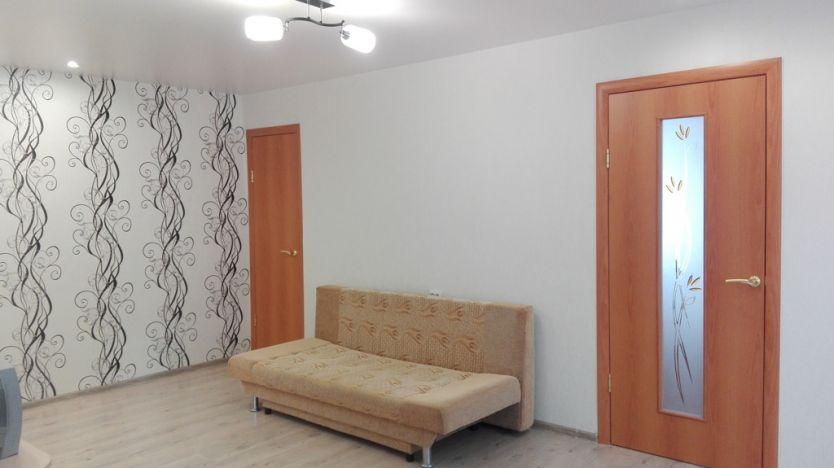 Продается двухкомнатная квартира за 2 450 000 рублей. г Пермь, б-р Гагарина, д 23.