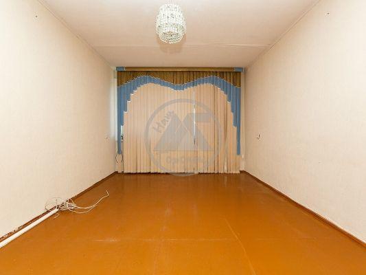 Продается однокомнатная квартира за 1 050 000 рублей. г Курган, ул 9 Мая, д 1В.
