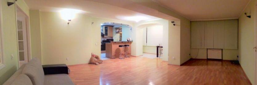 Продается четырехкомнатная квартира за 7 500 000 рублей. г Саратов, ул Первомайская, д 33/35.
