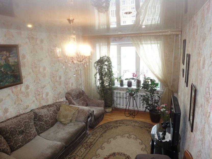Продается трехкомнатная квартира за 2 950 000 рублей. Кострома, Давыдовский-3 микрорайон, 4.