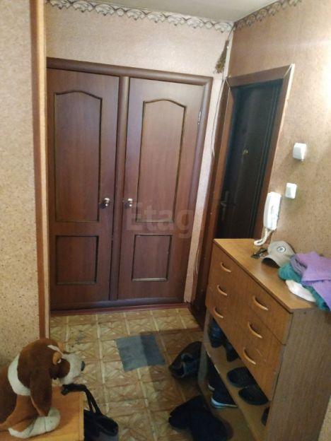 Продается трехкомнатная квартира за 3 350 000 рублей. Новокузнецк, Куйбышевский район, Вокзальная, 8.