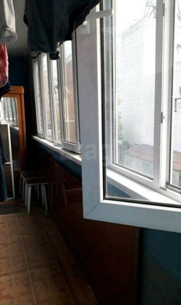 Продается двухкомнатная квартира за 2 500 000 рублей. Барнаул, Центральный район, Партизанская, 144.