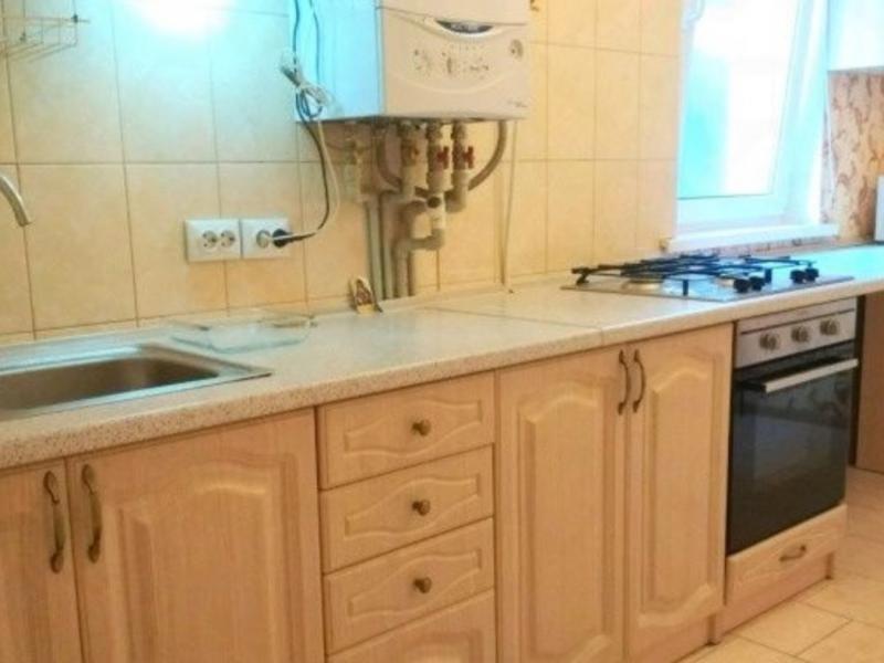 Продается однокомнатная квартира за 3 100 000 рублей. Симферополь, Крылова, 21.