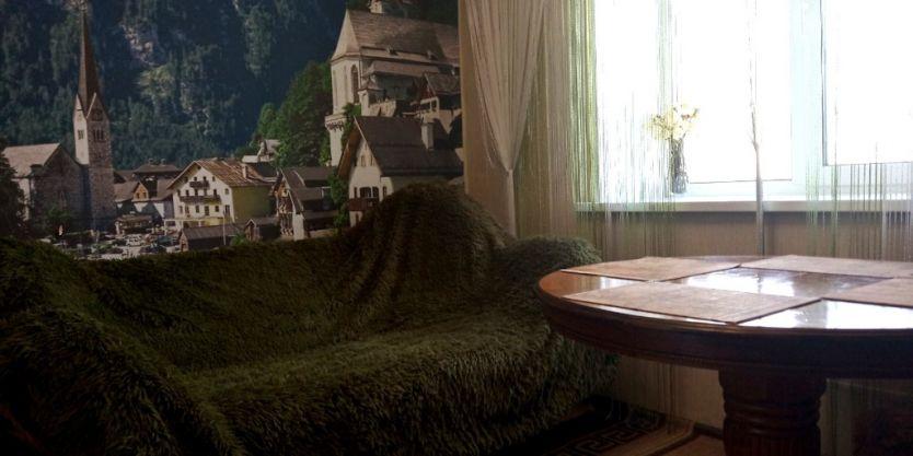 Продается двухкомнатная квартира за 1 850 000 рублей. Красноярск, Советский район, Джамбульская, 4б.