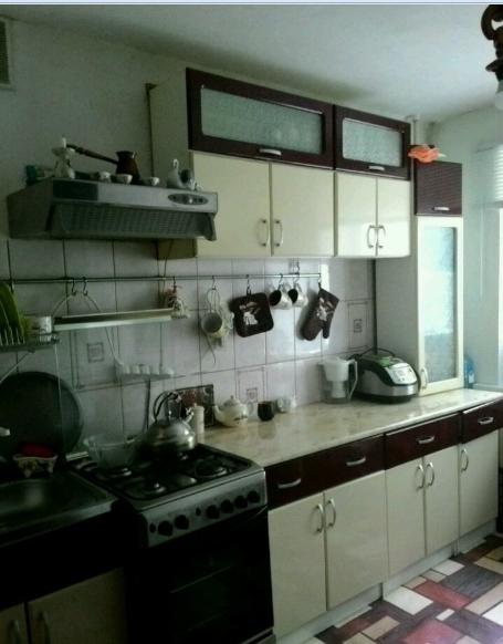 Продается четырехкомнатная квартира за 2 700 000 рублей. г Саратов, ул Гвардейская, д 44А.