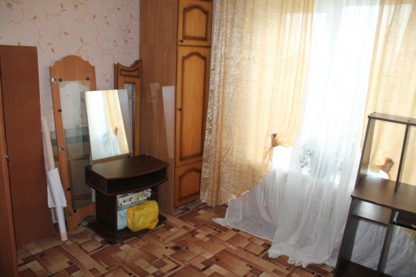 Продается однокомнатная квартира за 1 800 000 рублей. Московская обл, г Коломна, ул Октябрьской революции, д 299.