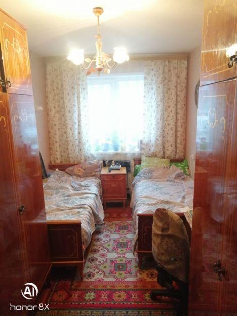 Продается двухкомнатная квартира за 1 850 000 рублей. Кемерово, Ленинский район, Волгоградская, 26.