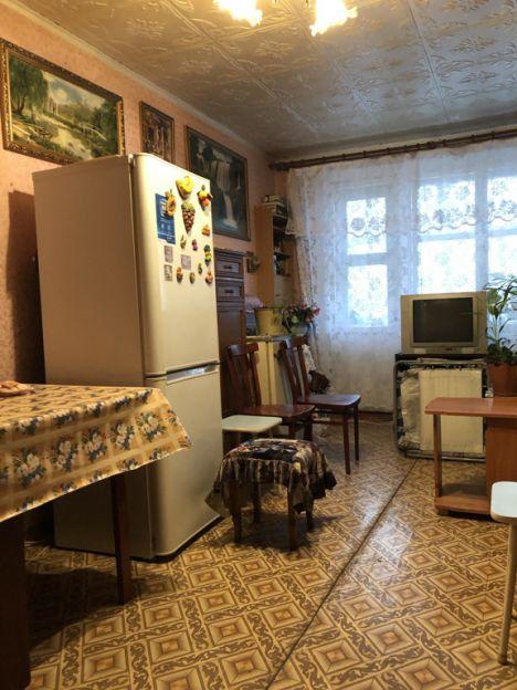 Продается однокомнатная квартира за 1 200 000 рублей. Красноярск, Ленинский район, Энергетиков, 40.