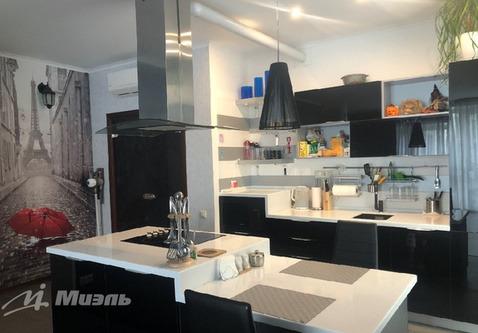 Продается двухкомнатная квартира за 11 550 000 рублей. Одинцово, Можайское шоссе, 122.