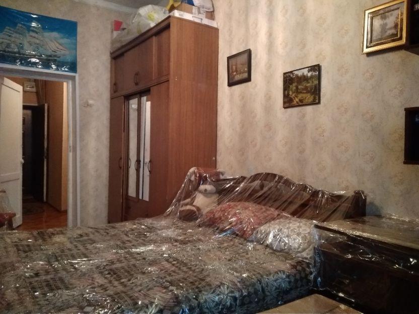 Продается двухкомнатная квартира за 1 530 000 рублей. Курск, Павлуновского, 68а.