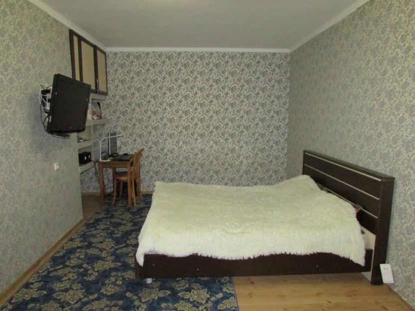 Продается однокомнатная квартира за 2 010 000 рублей. Барнаул, Индустриальный район, Малахова, 148.