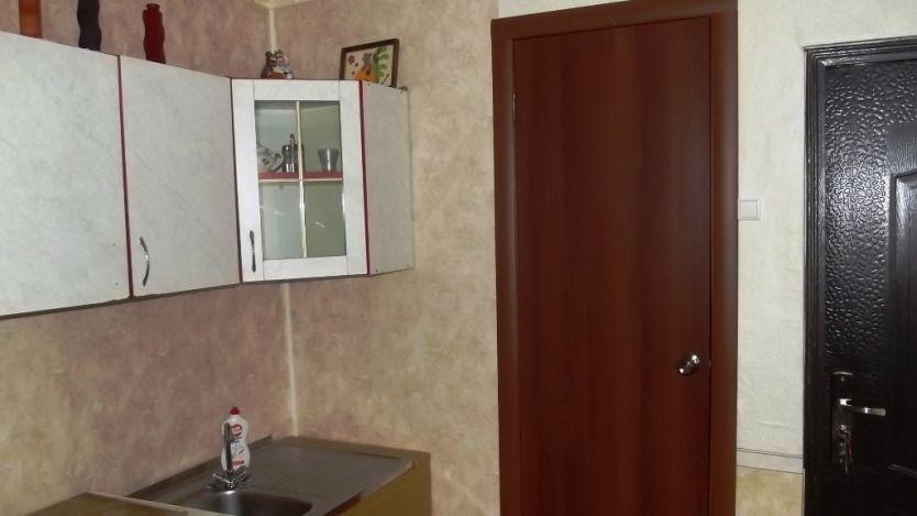Продается трехкомнатная квартира за 1 420 000 рублей. Омск, Советский район, Мира проспект, 72.
