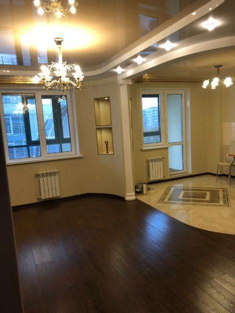 Продается двухкомнатная квартира за 7 250 000 рублей. Новосибирск, Железнодорожный район, Красноярская, 107.