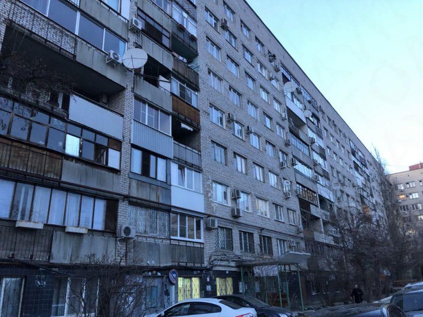 Продается однокомнатная квартира за 1 800 000 рублей. Волгоград, Центральный район, Невская, 18а.