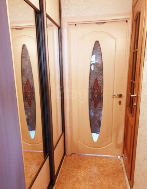 Продается трехкомнатная квартира за 2 550 000 рублей. Барнаул, Октябрьский район, Петра Сухова, 68.