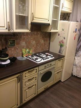 Продается однокомнатная квартира за 2 700 000 рублей. Обнинск, Белкинская, 11.