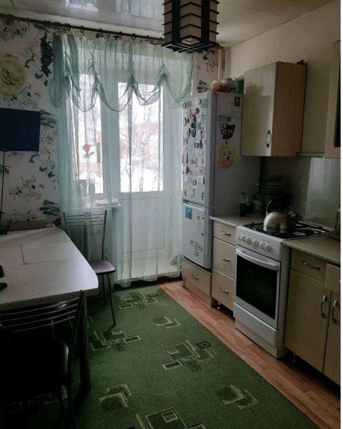 Продается трехкомнатная квартира за 3 250 000 рублей. г Кострома, мкр Паново, д 17.