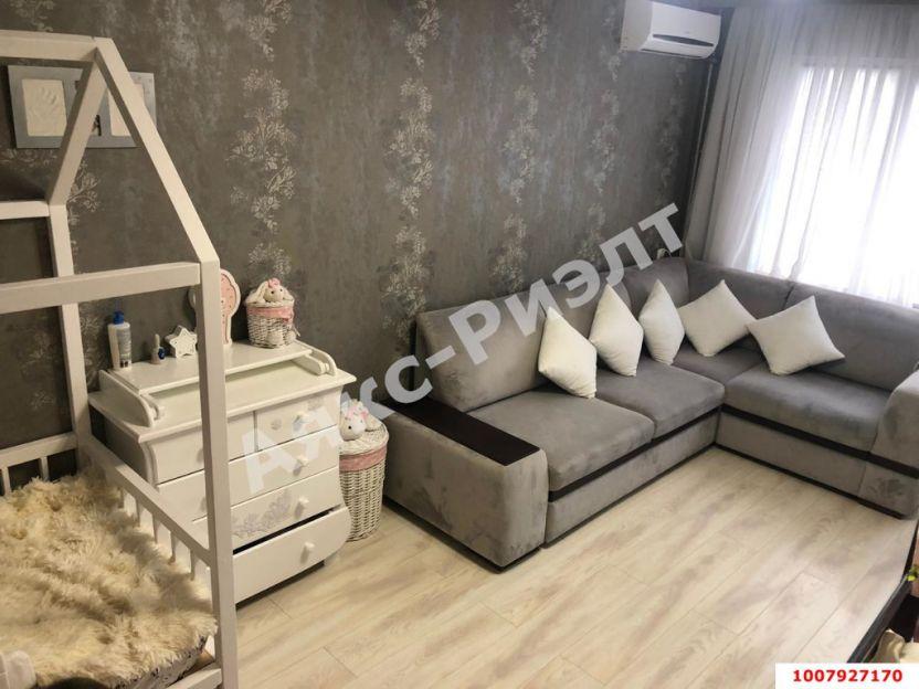 Продается двухкомнатная квартира за 3 400 000 рублей. Краснодар, Карасунский, Артезианская, 16.