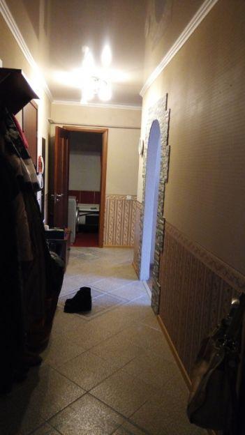 Продается двухкомнатная квартира за 2 600 000 рублей. Калининград, Центральный район, Балтийское шоссе, 104.
