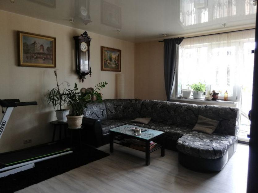 Продается трехкомнатная квартира за 7 900 000 рублей. Московская обл, г Раменское, ул Чугунова, д 15А.
