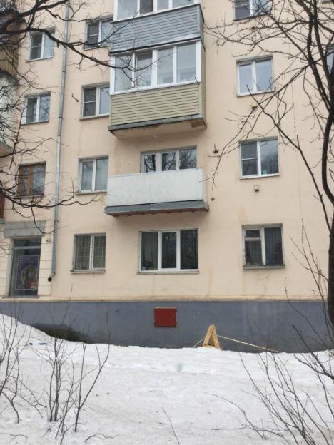 Продается однокомнатная квартира за 1 390 000 рублей. Кострома, Советская, 128.