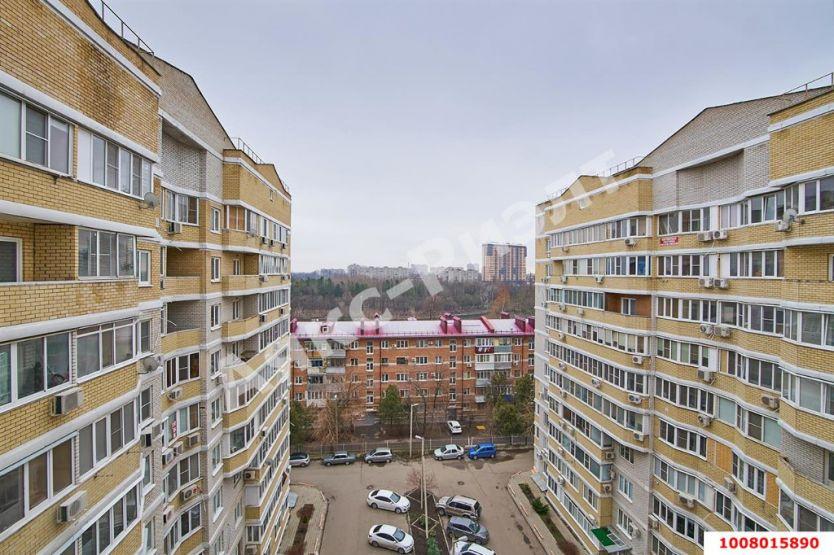 Продается двухкомнатная квартира за 4 100 000 рублей. Краснодар, Центральный, Карасунская Набережная, 99.