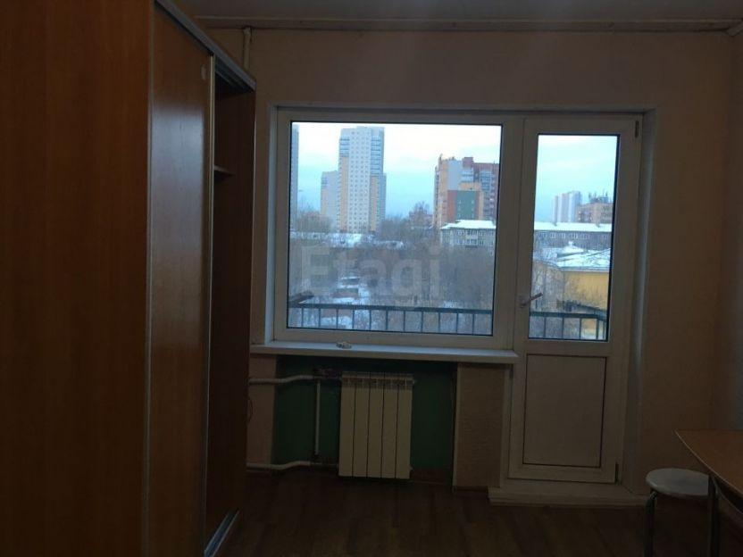 Продается однокомнатная квартира за 1 750 000 рублей. Красноярск, Кировский район, Семафорная, 435.