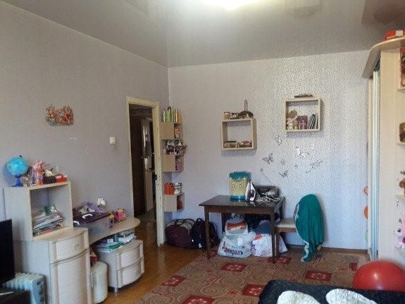Продается трехкомнатная квартира за 3 750 000 рублей. г Кострома, ул Березовая роща, д 14А.