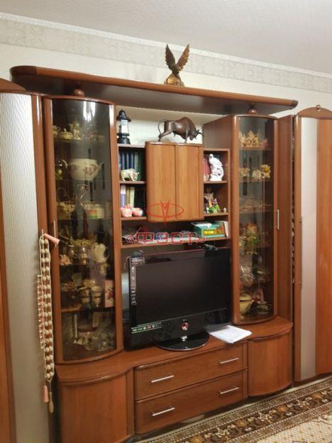 Продается трехкомнатная квартира за 5 150 000 рублей. Сургут, Студенческая, 11.