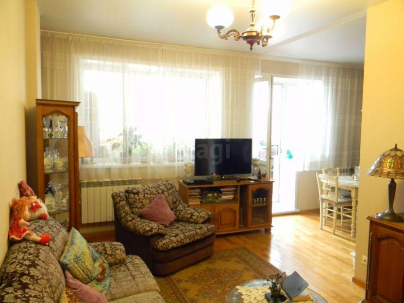 Продается однокомнатная квартира за 2 300 000 рублей. Кемерово, Рудничный район, Шахтеров проспект, 109.