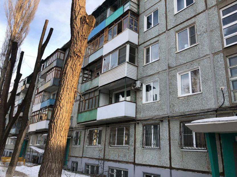 Продается однокомнатная квартира за 1 260 000 рублей. Волгоград, Дзержинский район, им маршала Толбухина, 31а.