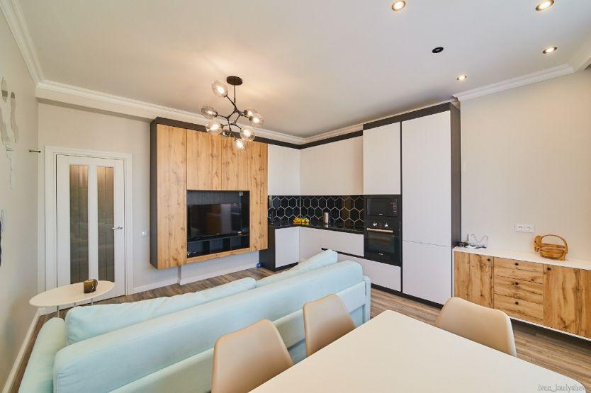 Продается четырехкомнатная квартира за 8 500 000 рублей. Челябинск, Советский район, Воровского, 61б.