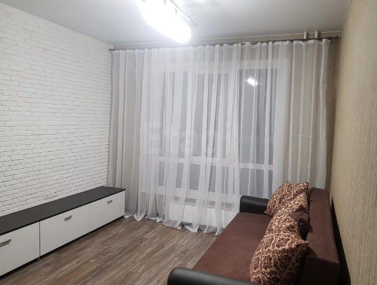 Продается однокомнатная квартира за 2 300 000 рублей. Кемерово, Центральный район, Заречная 2-я, 11.