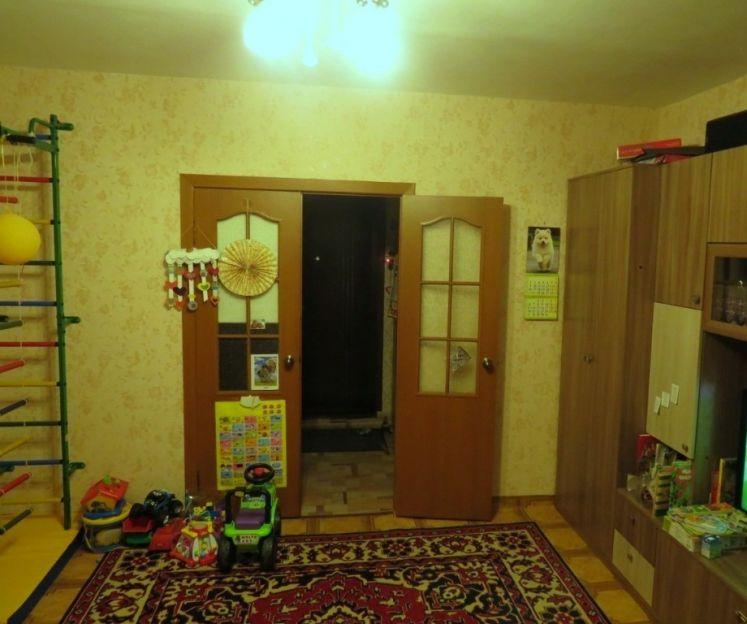 Продается двухкомнатная квартира за 3 050 000 рублей. Красноярск, Советский район, Воронова, 19.