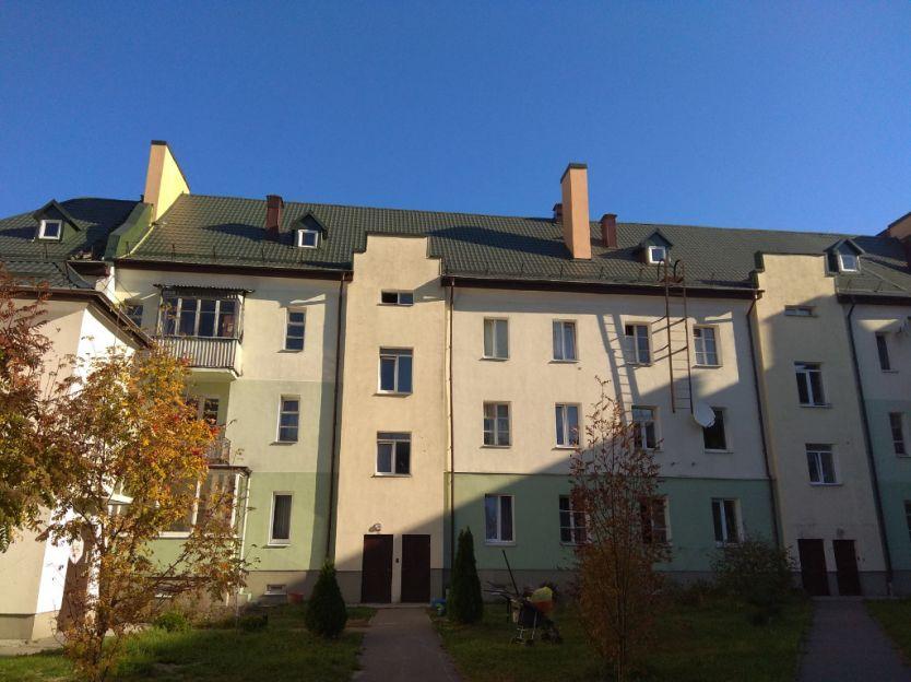Продается четырехкомнатная квартира за 2 500 000 рублей. Калининград, Московский район, Батальная, 34.